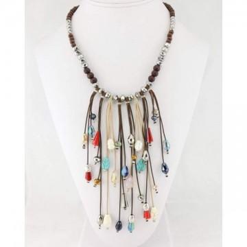 https://totem-tendance.fr/404-thickbox/collier-plastron-bois-perles.jpg
