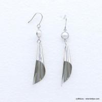 Boucles d'oreilles cône stylisé en métal argenté