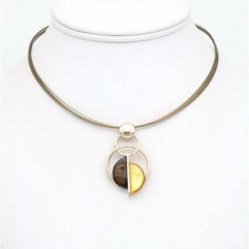 https://totem-tendance.fr/460-thickbox/collier-pendentif-sur-cable-multi-brins-resine-colores-sur-une-monture-en-metal-argente.jpg